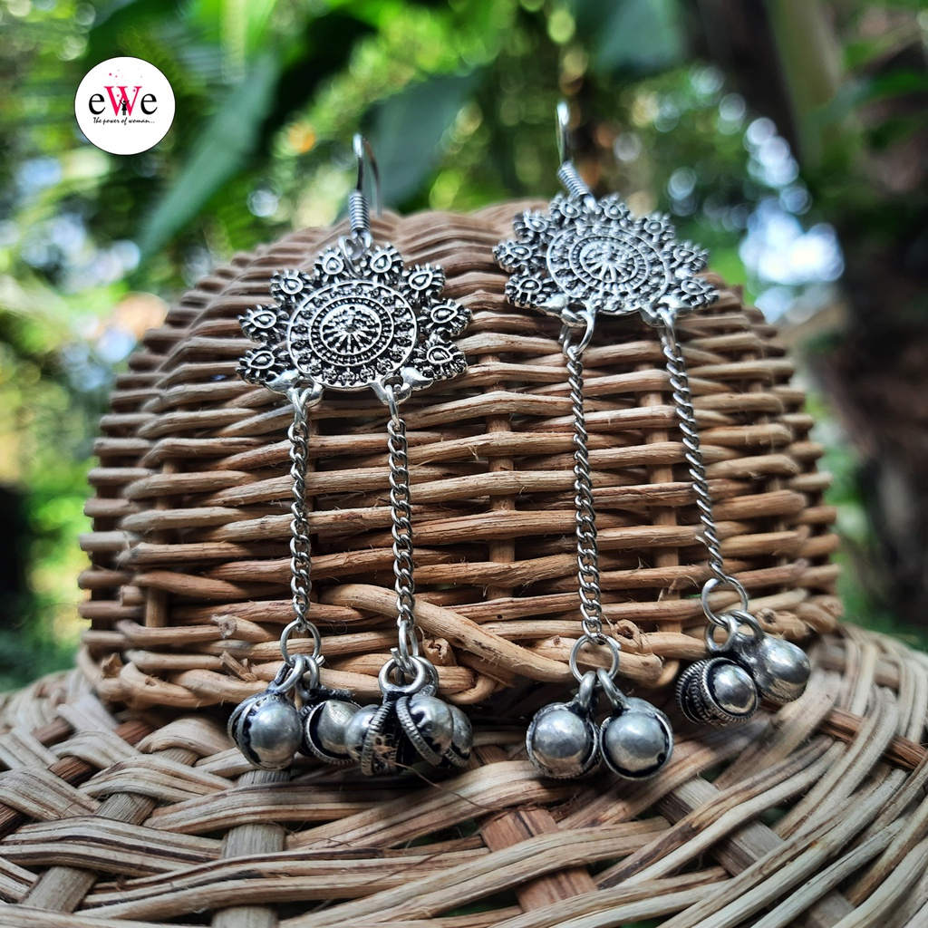 Trendy Silver Traditional Look Hanmade Earrings With ghungroo